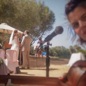 Cheeky Selfie during the wedding ceremony at Casal Santa Eulalia, Mallorca.